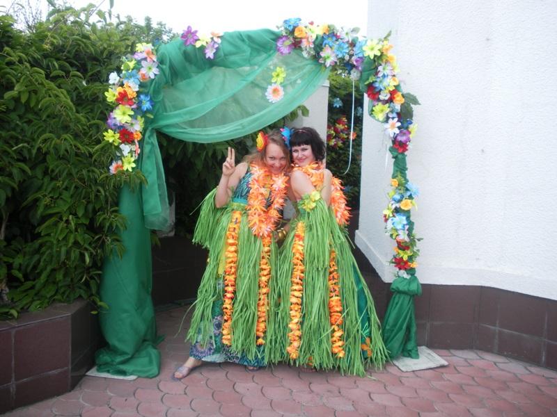 куплю детское 3 года национальное казахское платье